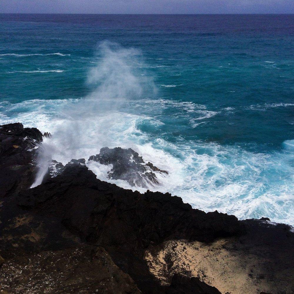 Steen-Jones-Artist-Travel-Hawaii-Stairway-14.jpg