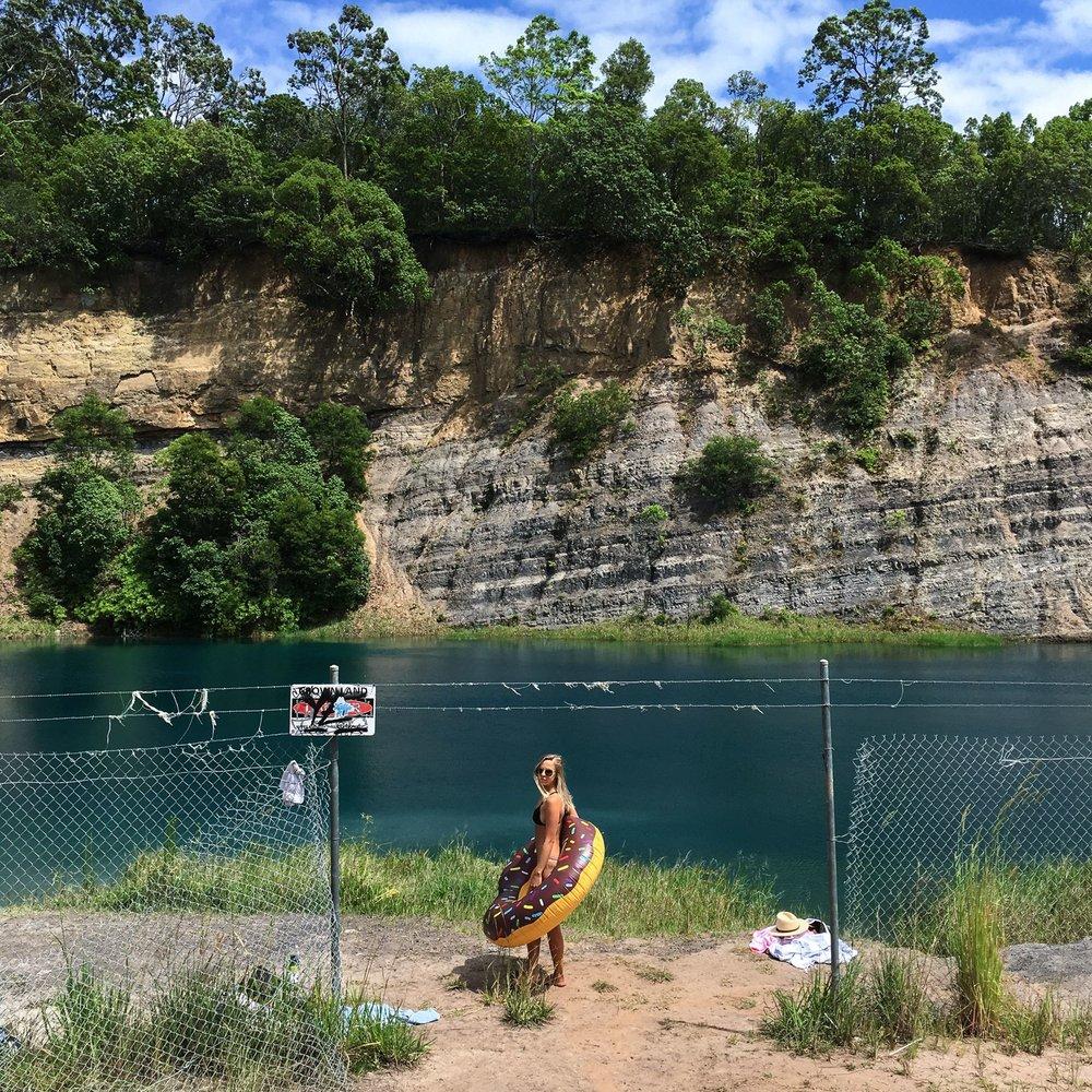 Steen-Jones-Artist-Travel-Australia-00.jpg