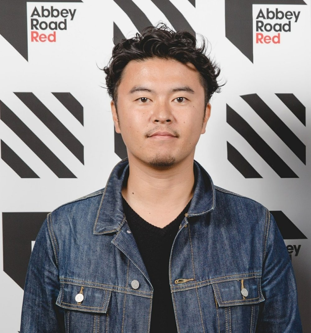 Taishi Fukuyama   Taishi Fukuyama is Chief Marketing Officer at Qrates.  Previous to his current role, he was the market development representative in Japan for various industry leading music technology companies including the Echo Nest/Spotify and more.