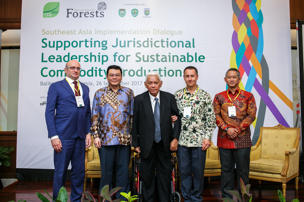 From left to right: Marco Albani, Director of Tropical Forests Alliance 2020, Nazir Foead, Head of Indonesia Peatland Restoration Agency, Awang Faroek, Governor of East Kalimantan, Indonesia, Bruce Cabarle, Team Leader Partnerships for Forests, and Erwin Widodo, Southeast Asia Regional Coordinator of TFA 2020