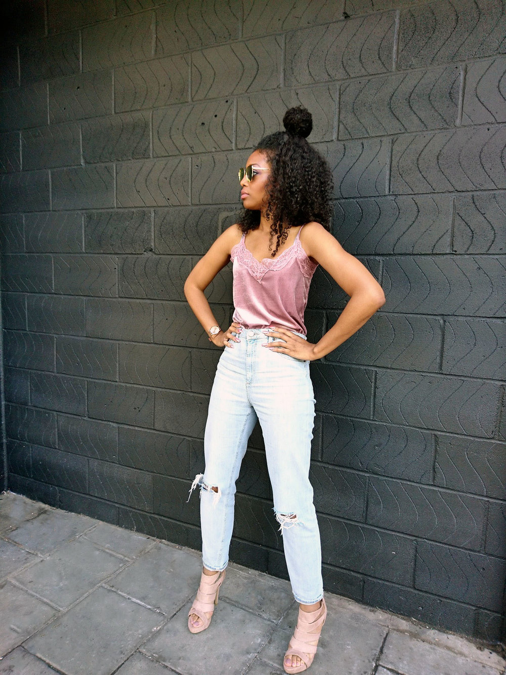 pink camisole stonewash jeans blush shoes rose gold sunglasses