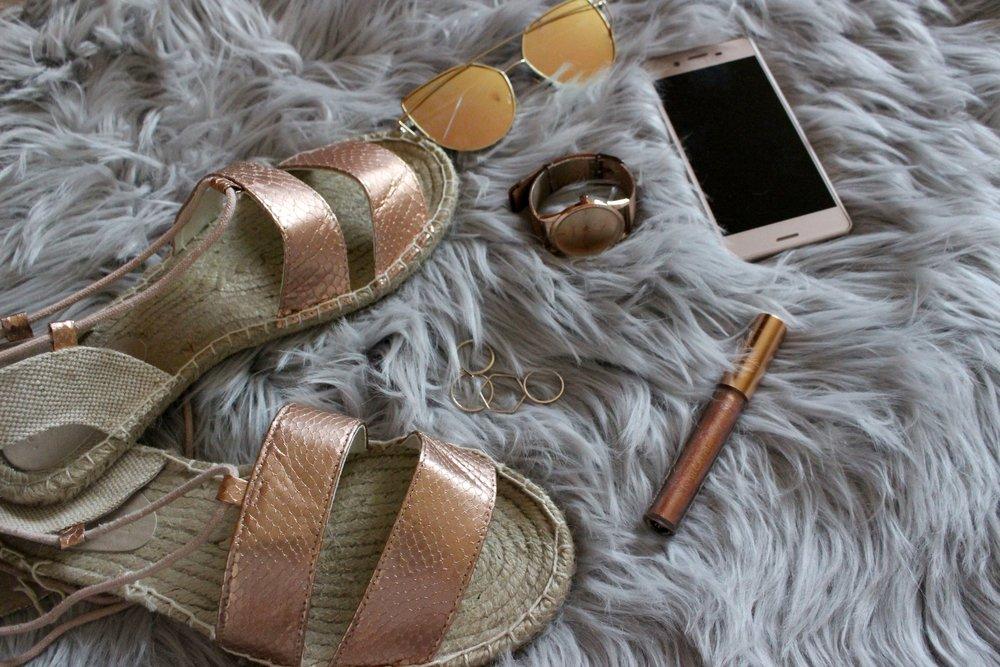 Rose Gold Sandals, Rose Gold Accessories, Rose Gold Lipstick, Rose Gold Xperia X