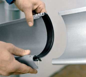 Easy fit joint with long-lasting EPDM seal