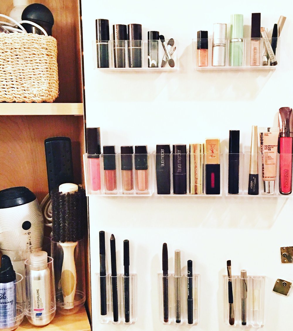 Shelfie_organized  makeup_small space solutions_organized lip gloss_adhesive makeup holders