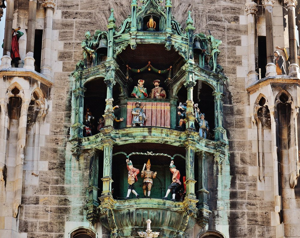 The Munich Glockenspiel.    Source: Pixabay