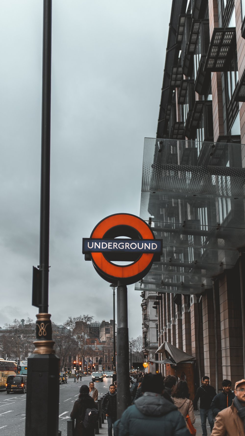 How to Take the London Underground