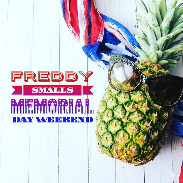 Hellooo holiday weekend! We're ready for you. 🇺🇸🍹#goodfood #gooddrinks #goodtimes #memorialdayweekend #holidayweekend #happyhour #latenighthappyhour #drinks #music #friends #westlabar #freddysmallsbar