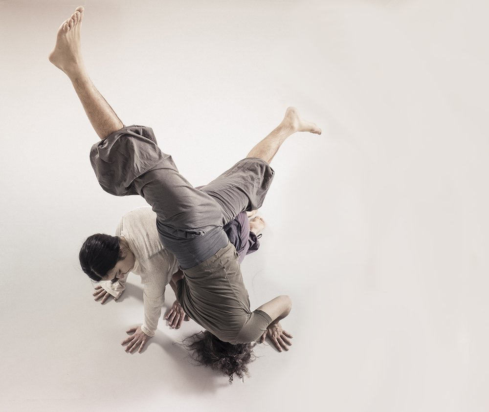 CONTACT IMPROVISATION CLASSES