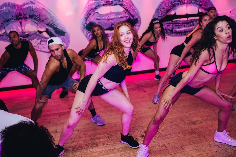 DanceCardioGirls