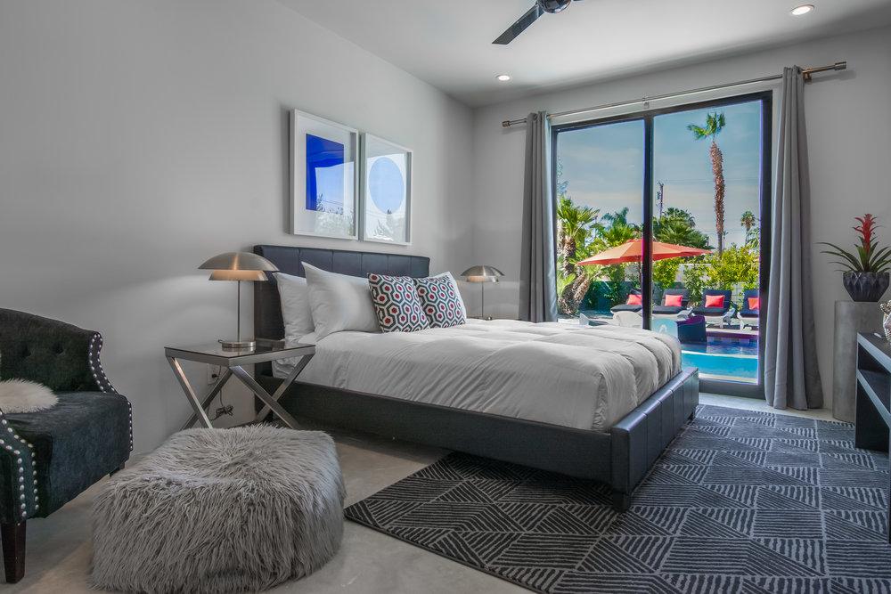 Estate-33-Palm-Springs-30.jpg