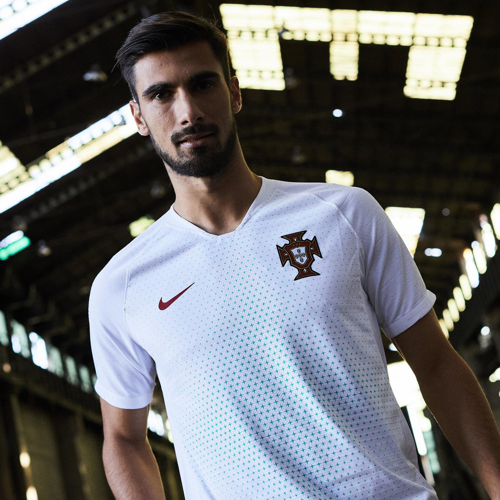 Nike_News_2018_Portuguese_Football_Federation_Collection_5_square_1600.jpg
