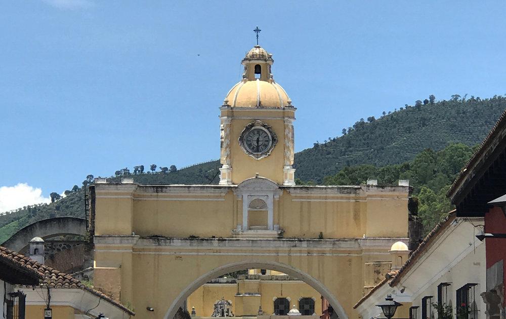 Santa Catalina Arch, La Antigua