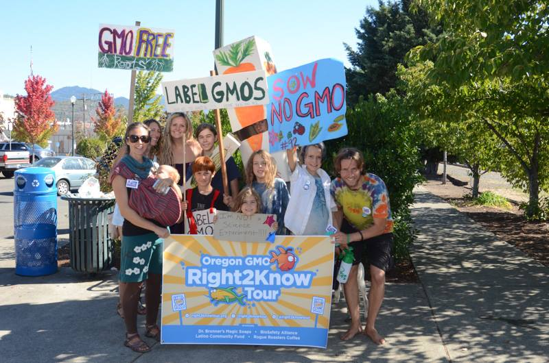 Oregon GMO Right2KnowTour - Downtown Grants Pass Parade