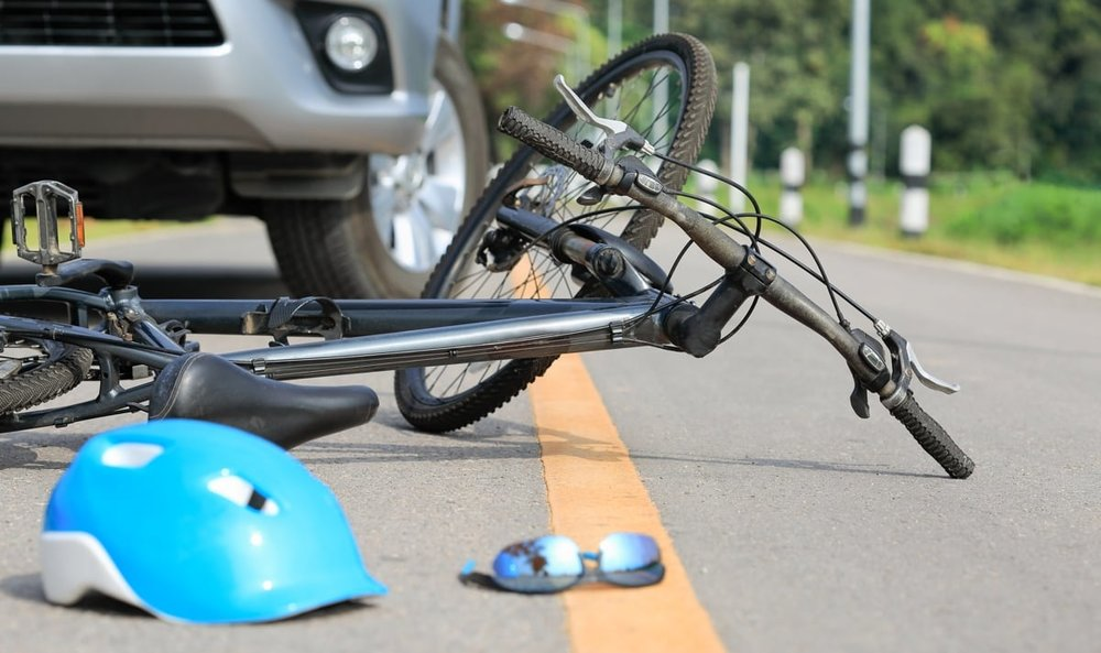 bicycle hit by car in San Diego