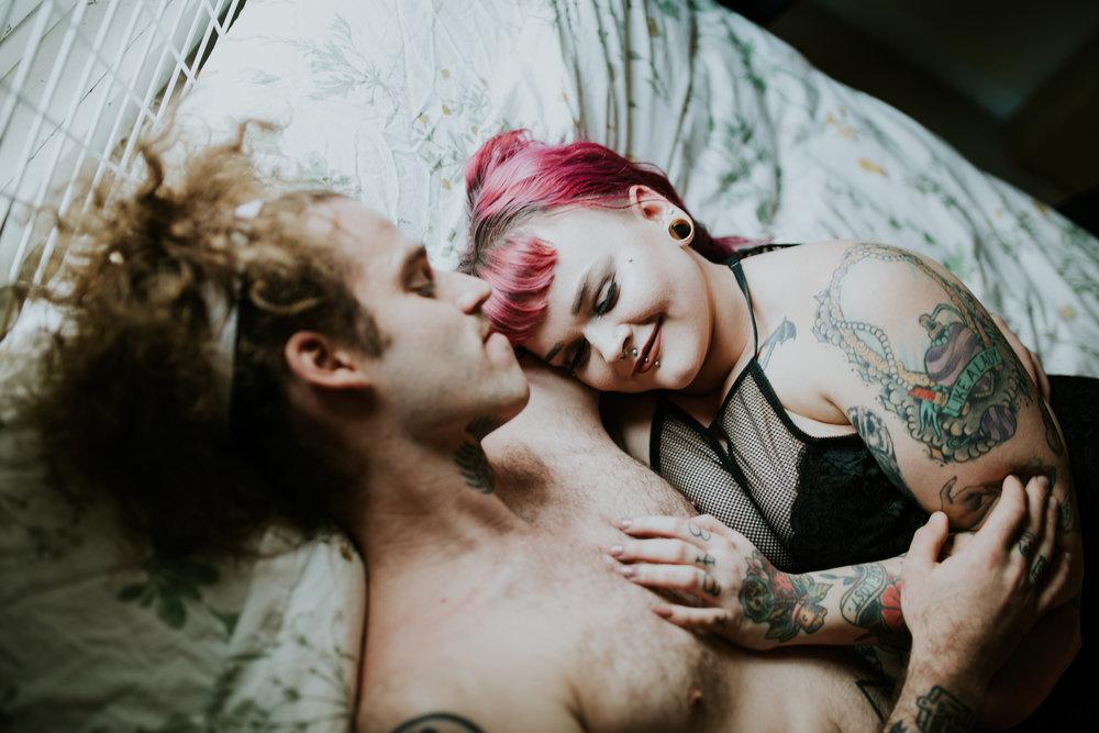 couples-indoor-jamiecarle-portland-6878.jpg