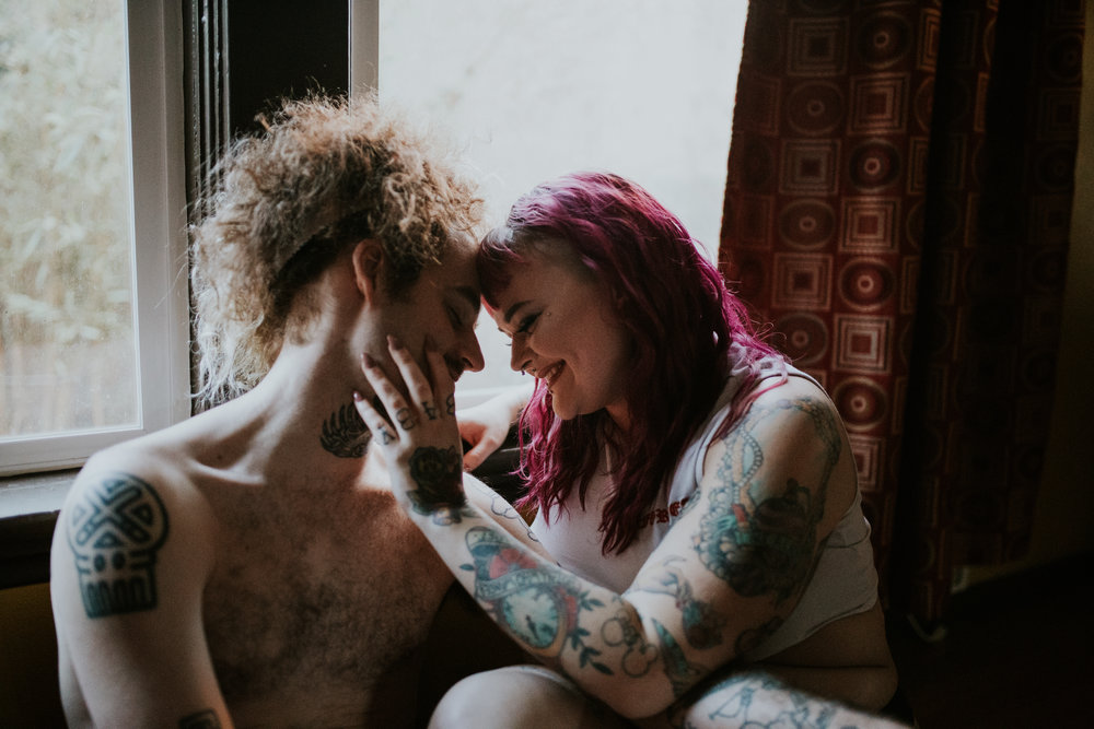 couples-indoor-jamiecarle-portland-7177.jpg