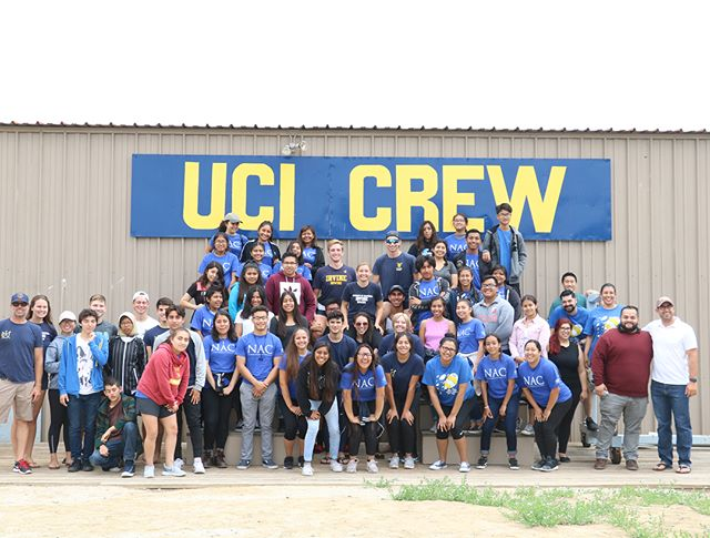 "The Nicholas Scholars had a great time learning to row with the @ucirvinerowing and @uciwomensrowing crew teams! The ""Learn to Row"" clinic is part of the Nicholas Academic Centers' approach to integrating a broad range of cultural, college, and professional experiences into NAC's academic program. #nacenters #htnfoundation"