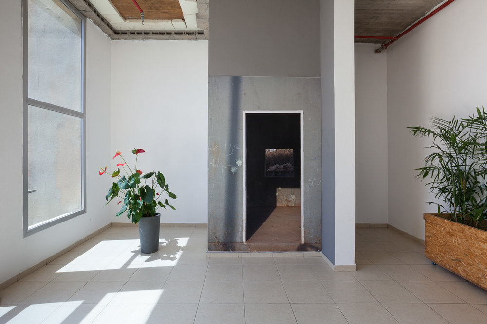 Tami Suez_ ZUZU Gallery_View 02 copy.jpg