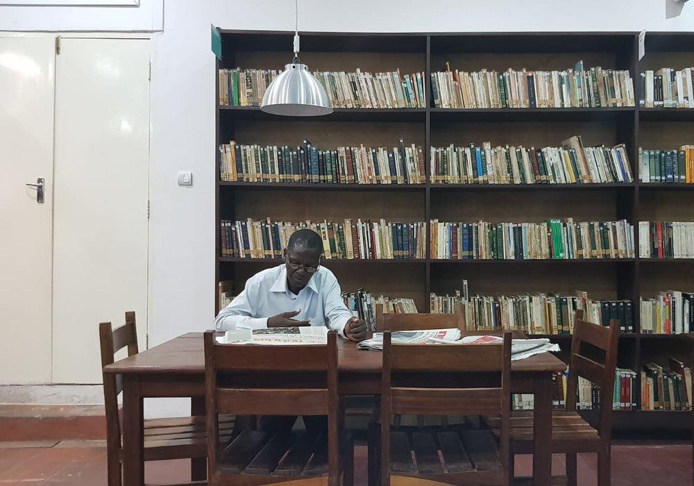 Biblioteca do CCBM (Centro Cultural Brasil Moçambique), que me abrigou e serviu de escritório algumas vezes
