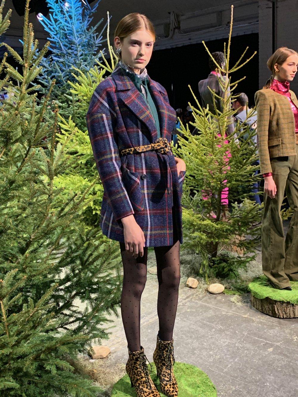 Model is wearing: Silver LUCINDA top, Green SILVI Sweater, Plaid MICHEL Short, Plaid PHILLIPS Dickey Coat, Leopard ELSY Belt, Leopard PAULA Boots