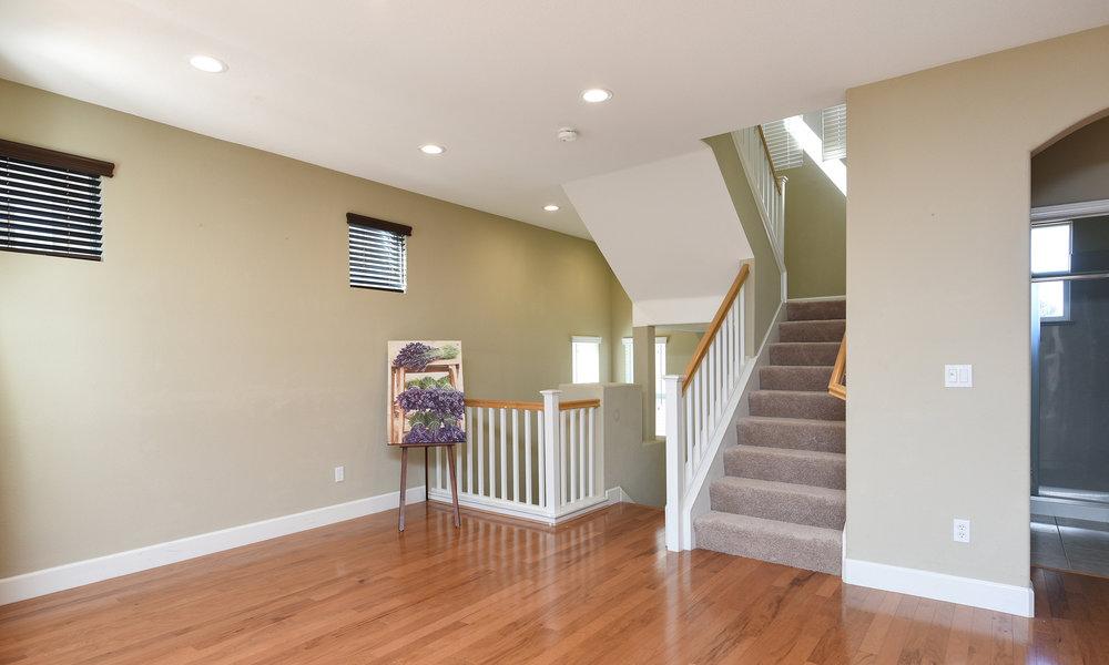 009_Staircase.jpg