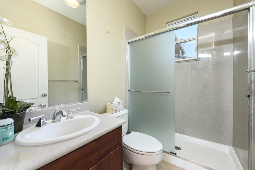 011_Hallway Bathroom.jpg