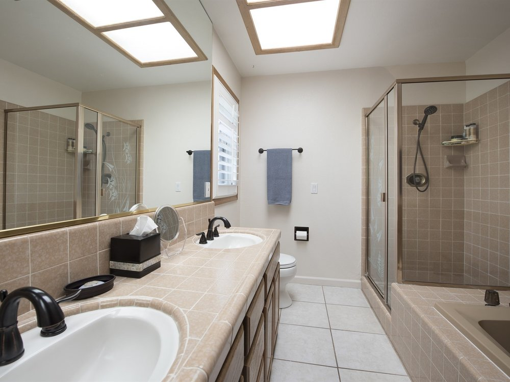 003_Master Bathroom .jpg