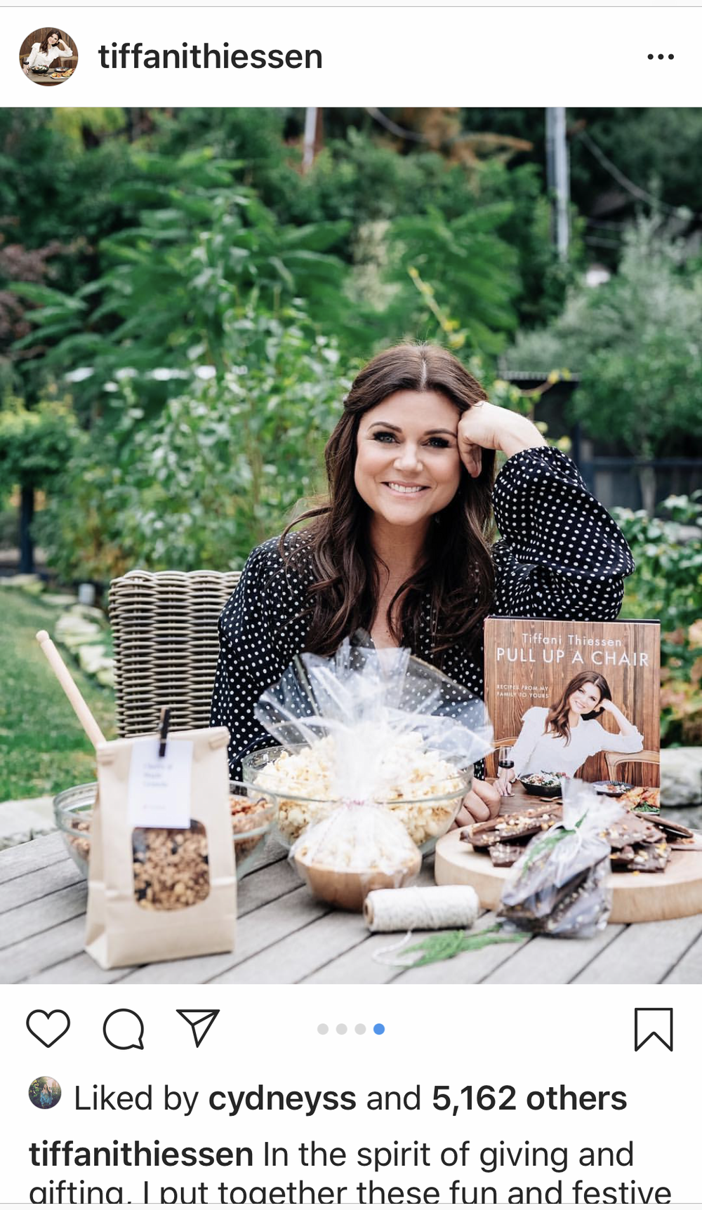 Creative Direction/ Social Media/ Photography with Mossy Creative for Tiffani Thiessen