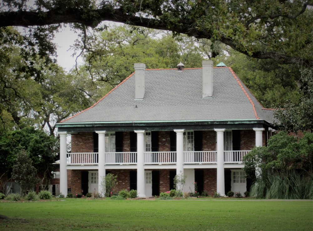 Perched on 1,500 acres of picturesque countryside, our historic and elegant location welcomes you like a true southern belle. Rich with history and tradition, Stella Plantation combines heritage and contemporary sophistication to create the highest level of service and experience.  more