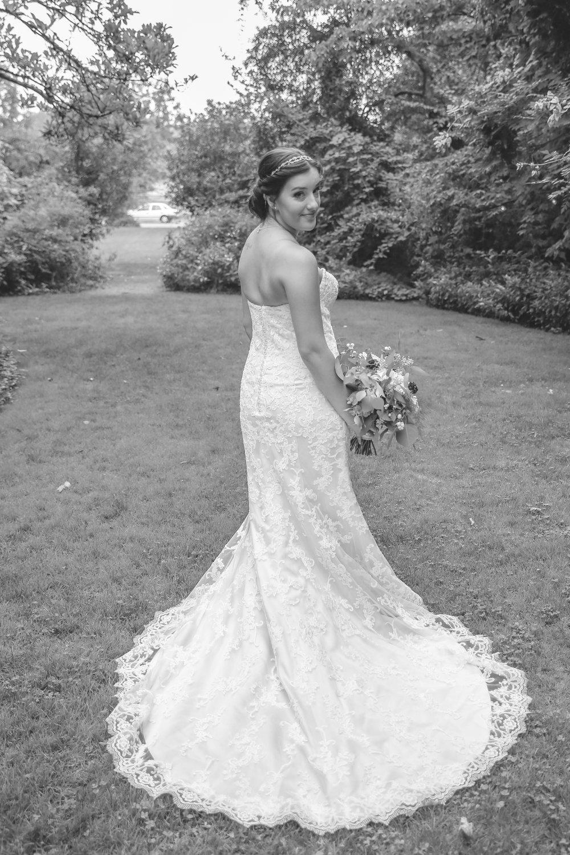 young wedding_-25.jpg