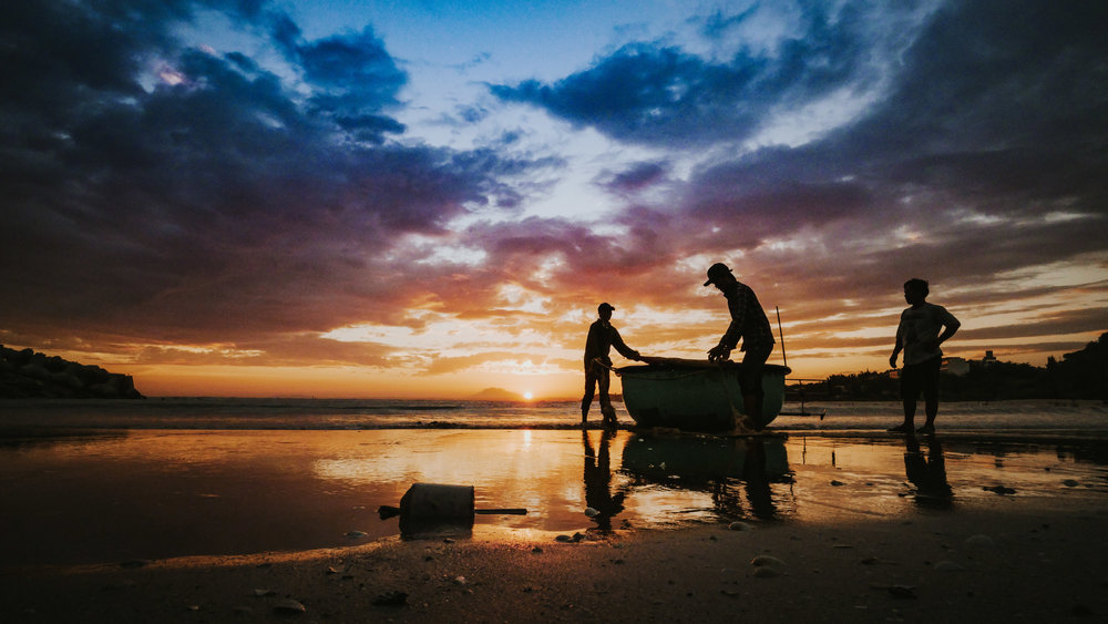 How do you travel? - Sustaining your travels means finding balance