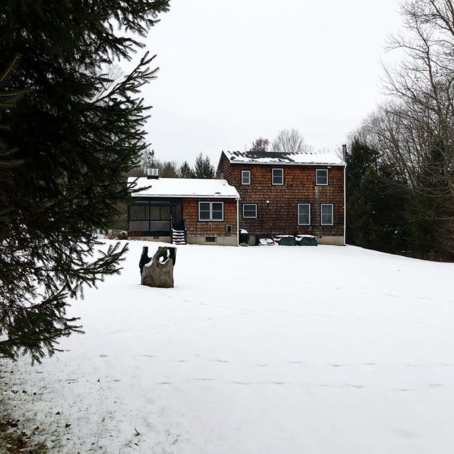 Loving the spring weather but please don't melt all the snow before our snowshoe hike this weekend... #sullivancatskills #sullivancounty #upstateny #wintercabin #redcottageweekend #thehuberthouse #jeffersonvilleny