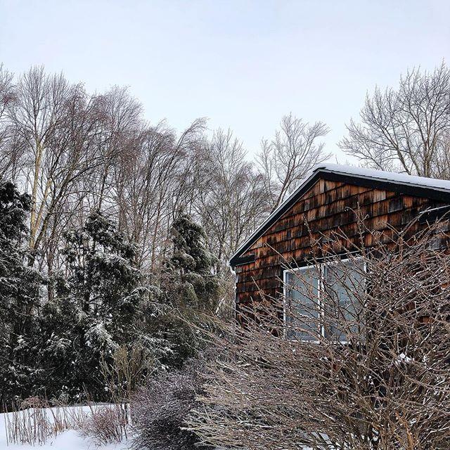 Could it be the last layer of snow?  #jeffersonvilleny  #sullivancatskills  #sullivancounty  #upstateny  #wintercabin