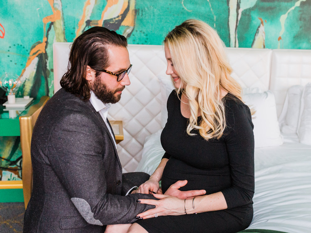 Dorothy_Louise_Photography_Downtown_St.Louis_Maternity-6301.jpg