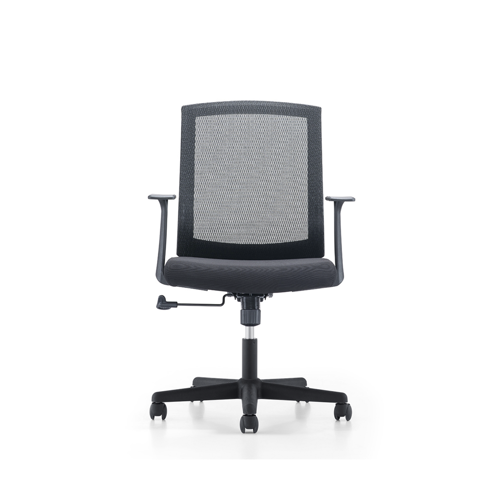 London/  Operative Chair EUROPEAN STYLE by: STATUS DESIGN Simple but resistant & Ergonomic  PRICE: $ 149