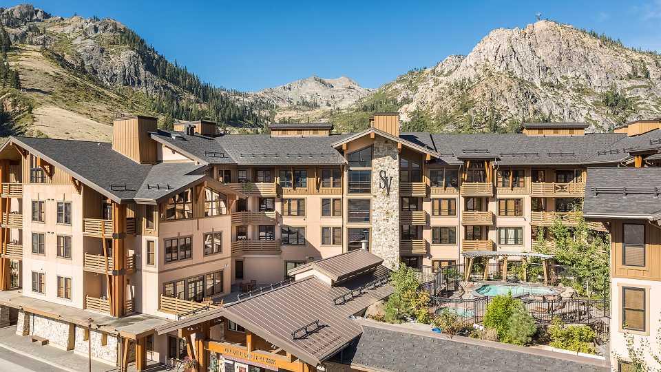media_summer-lodging-village.jpg