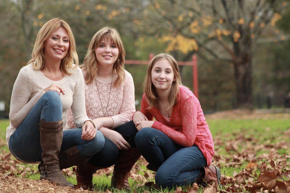 Family Portrait Photographer in Memphis Collierville TN.jpg
