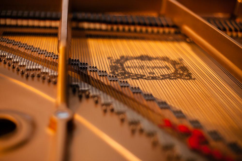Piano voicing