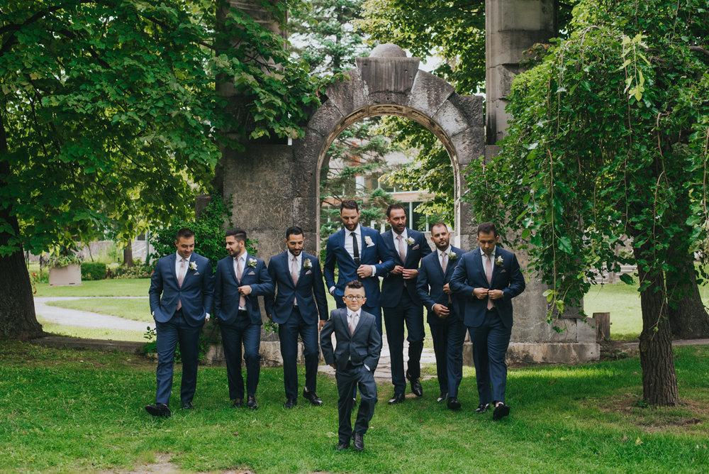 monika-andrew-guild-inn-estate-wedding-photography-scandaleuse-43.jpg