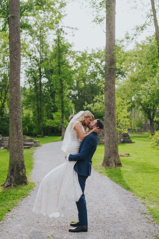 monika-andrew-guild-inn-estate-wedding-photography-scandaleuse-50.jpg