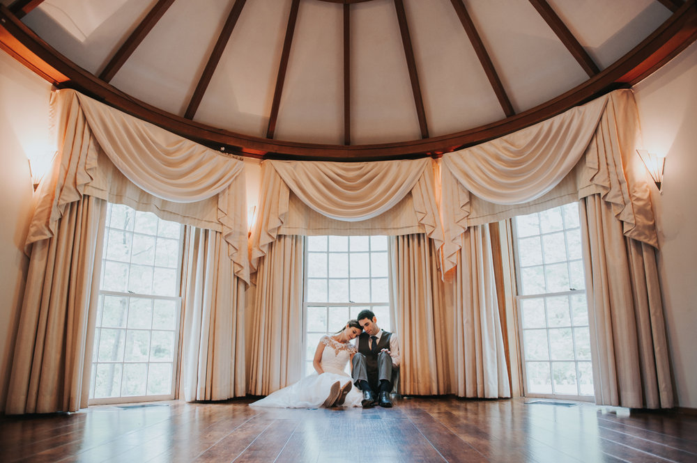 Wedding traditions you don't have to keep -