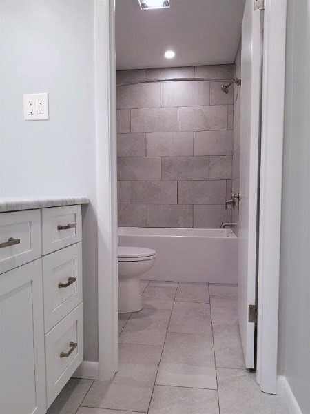 01 - After tub room.jpg
