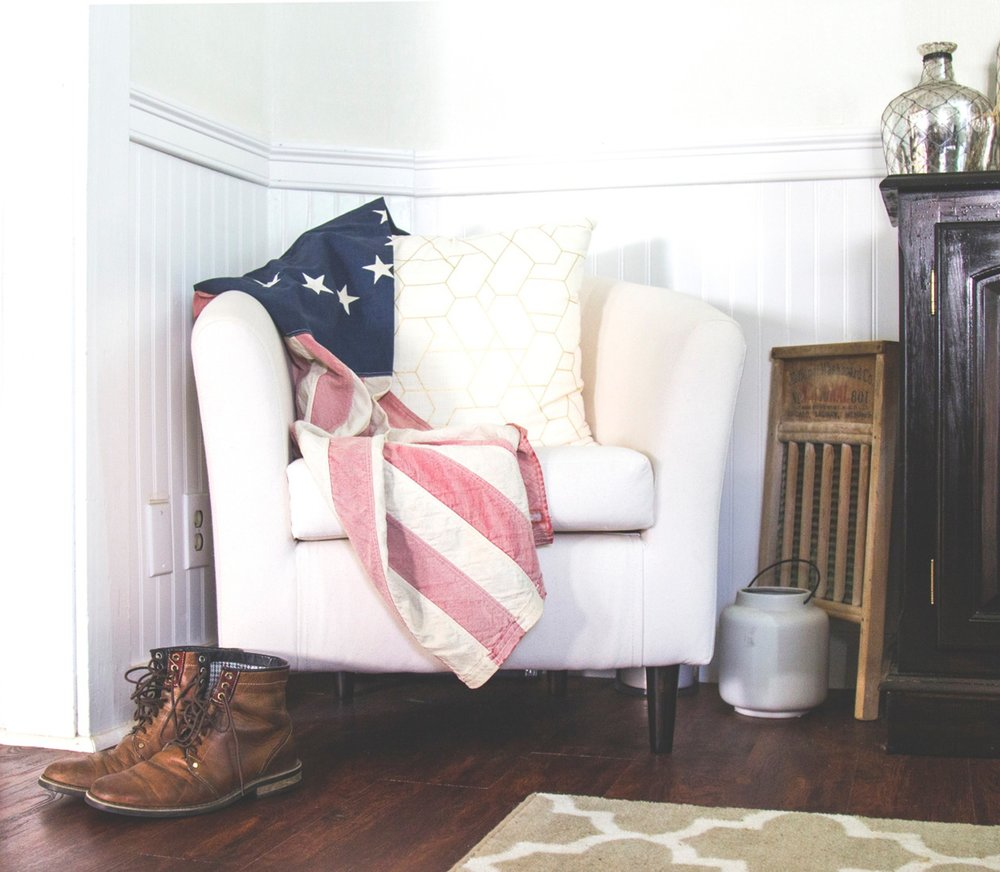 A little Americana decor is alwasy a good idea.