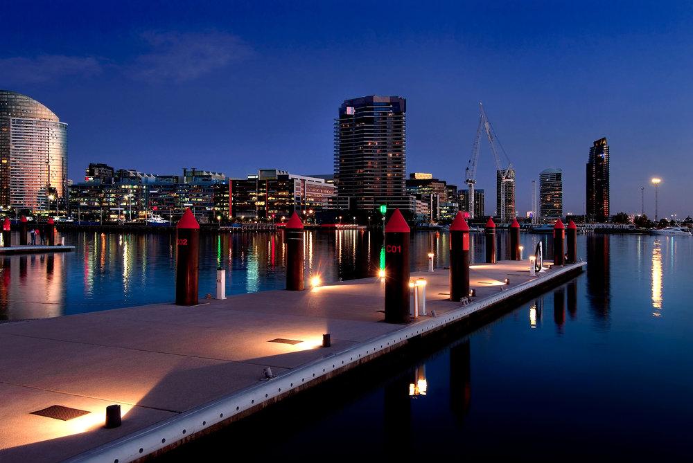 Melbourne_Docklands_bearbeitet.jpg