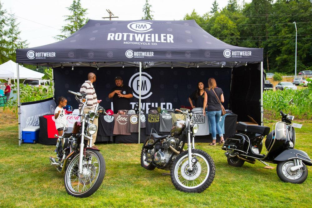 Rottweiler Tent Front.jpg