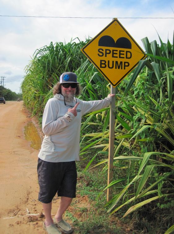 Speed bump Belize.png