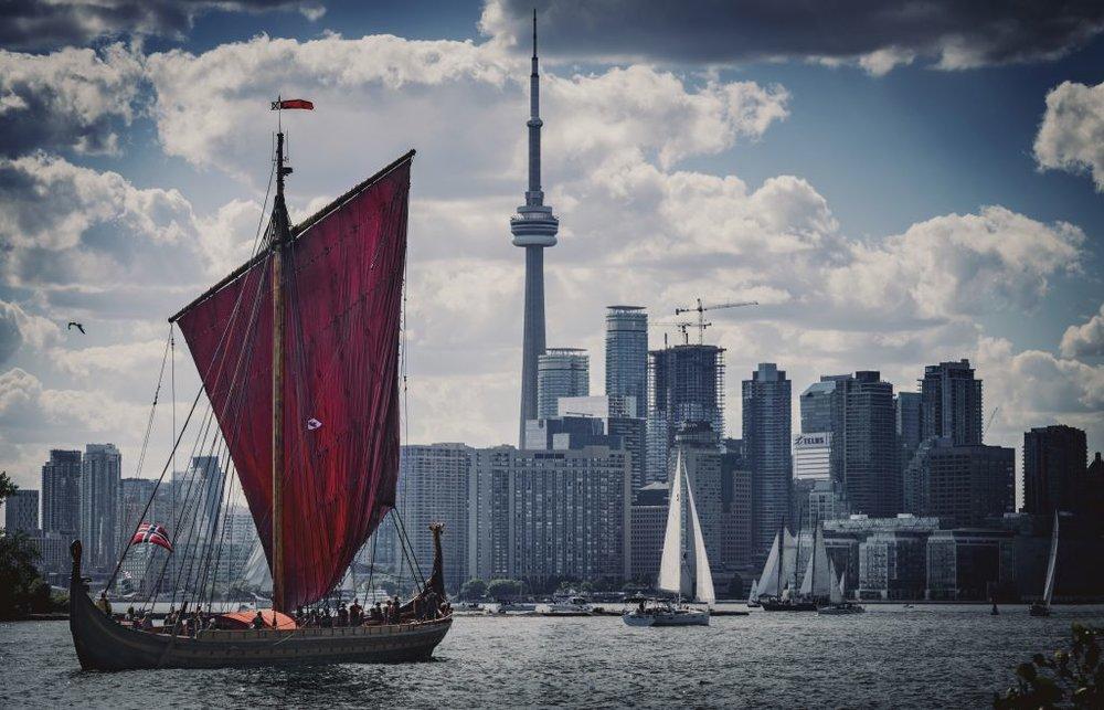 Draken in Toronto Harbour Photo: Dustin William