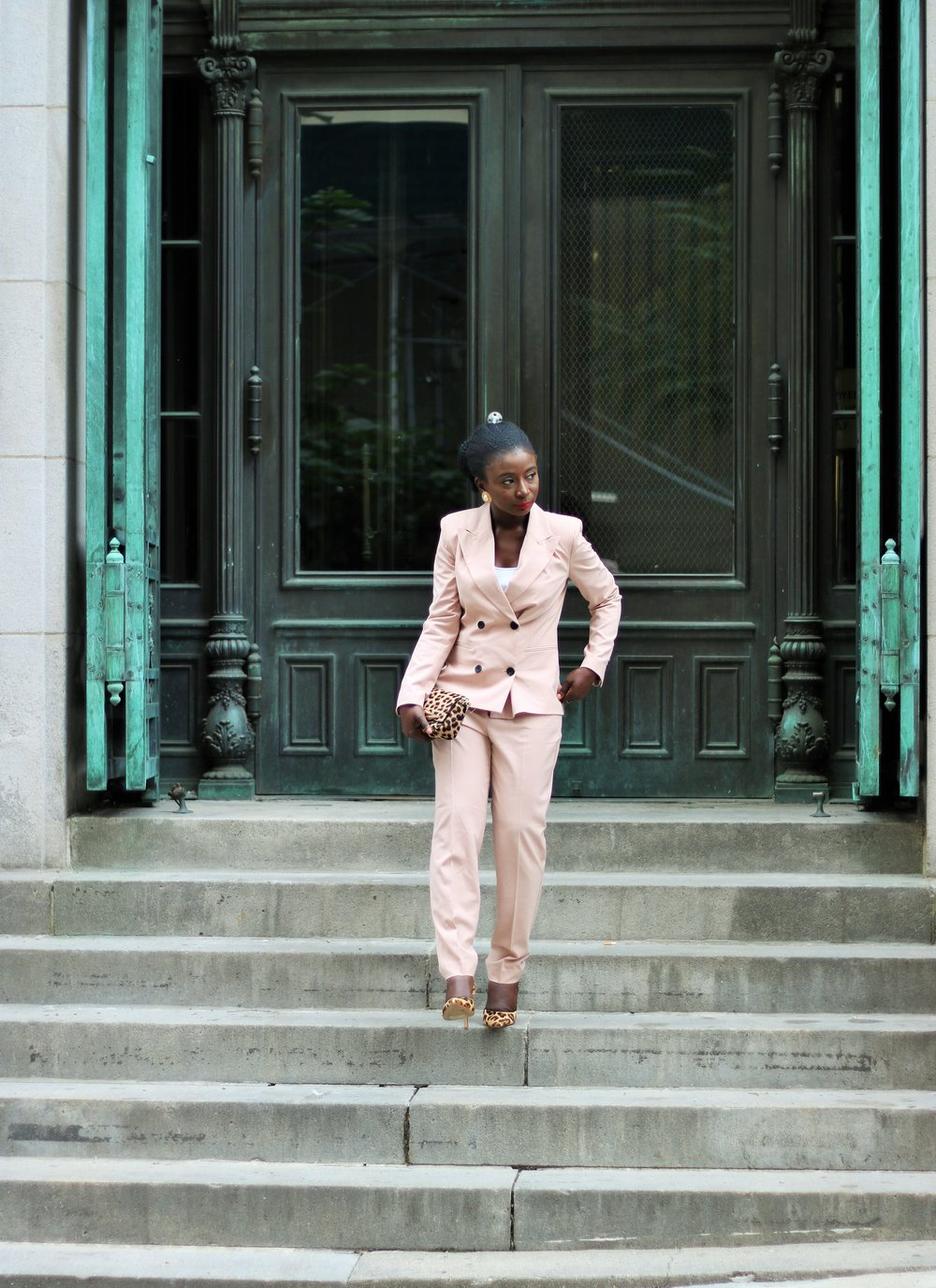 Pant-Suit-For-Women-Business-Casual
