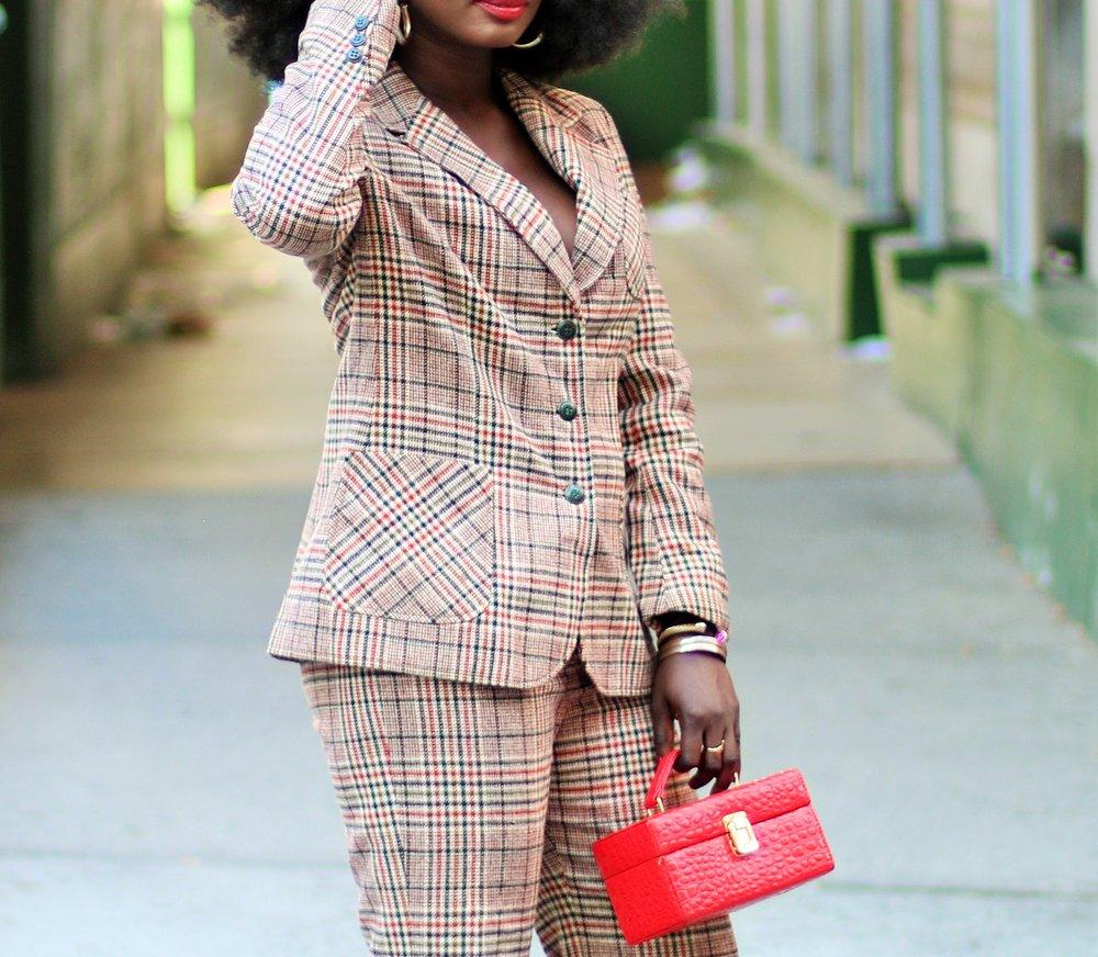 Plaid-Blazer-Outfits