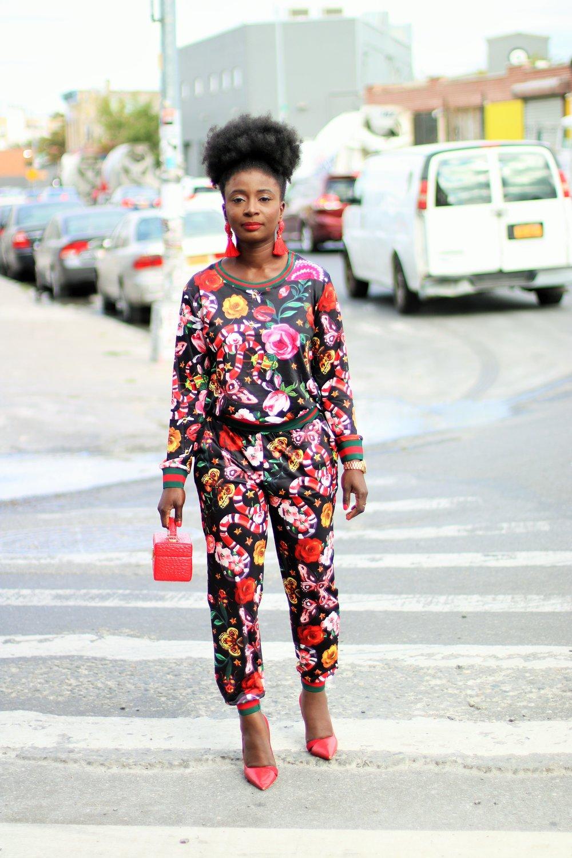 Floral-Print-Pant-Outfit-Ideas